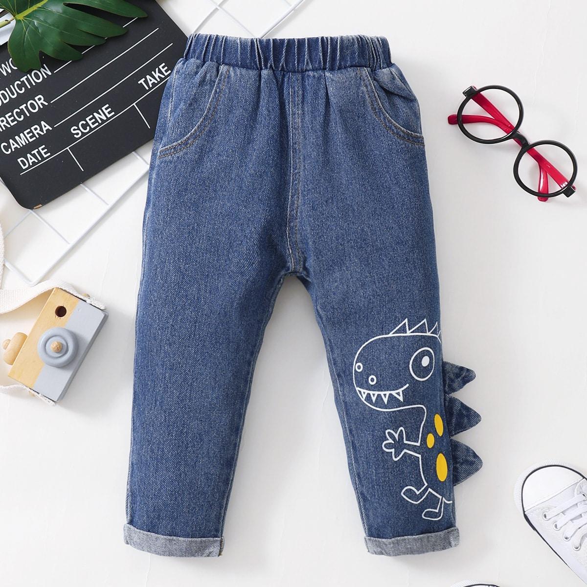 Детские джинсы-унисекс с мультипликационной заплатой от SHEIN