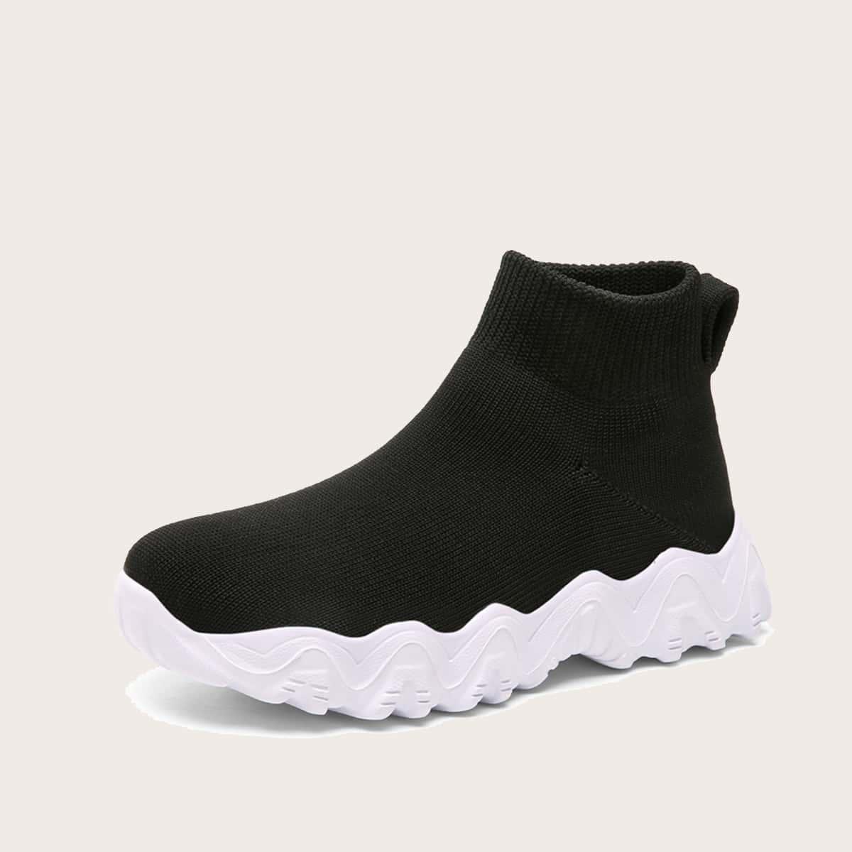 Минималистичные кроссовки для мальчиков SheIn sk2107025213608068