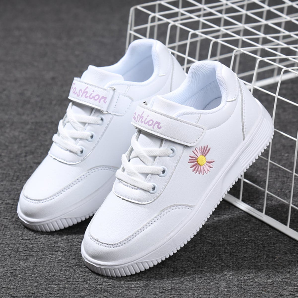 Кроссовки на липучке с цветочной вышивкой для девочек SheIn skshoes25210616938