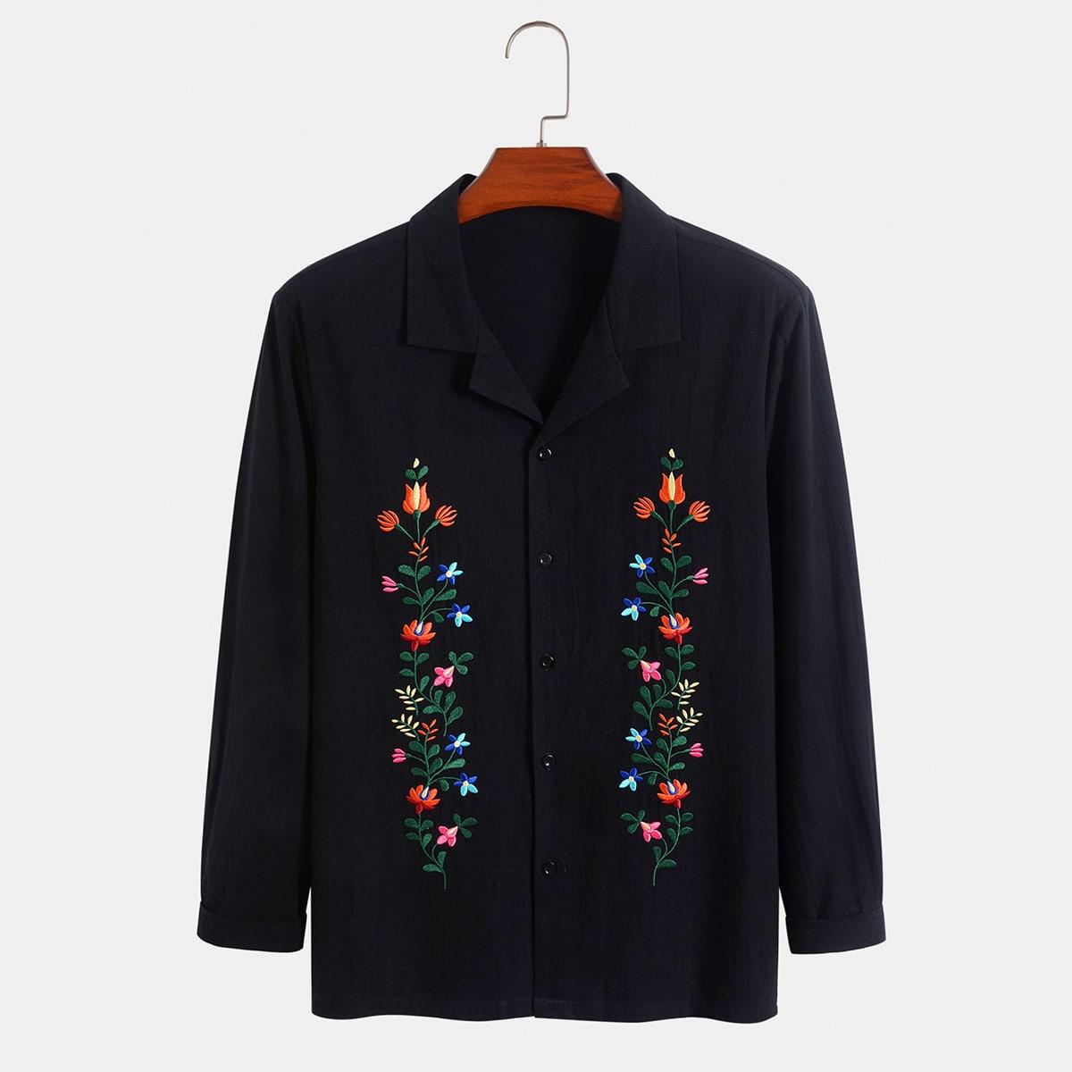 Мужская рубашка с цветочной вышивкой на пуговицах