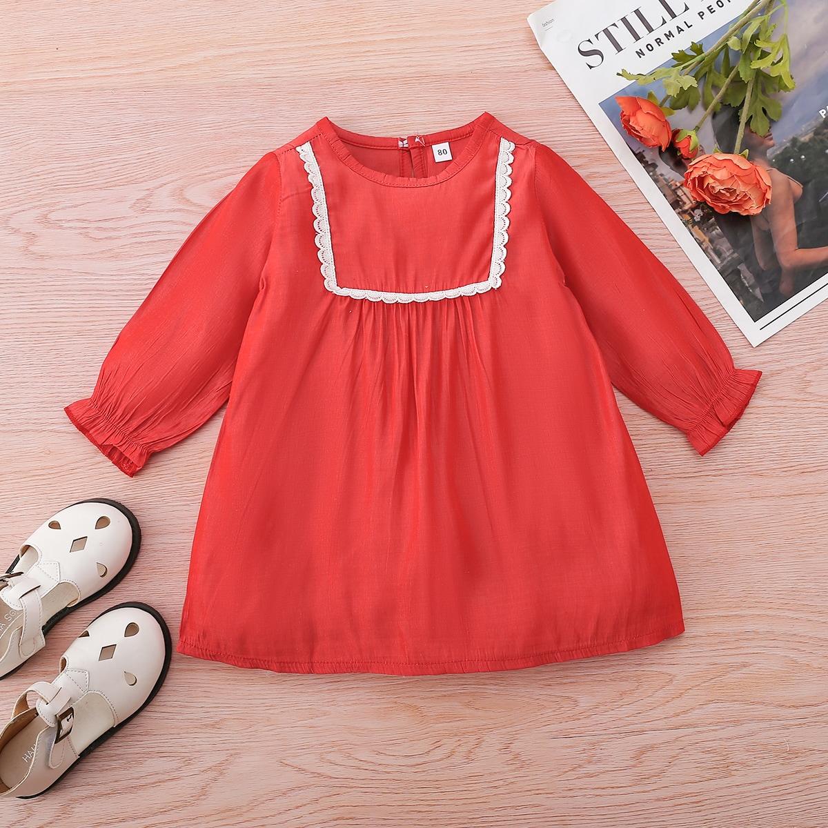 для девочек Платье-туника кружевной вставкой с рукавами-воланами от SHEIN