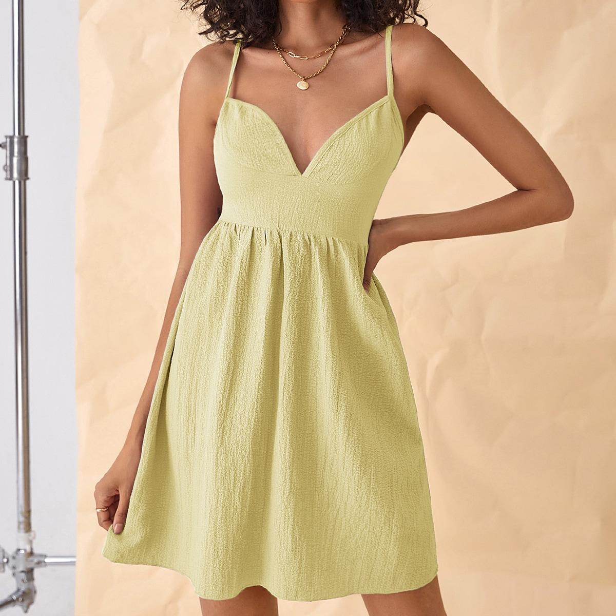 Платье на бретелях SheIn swdress25210609777