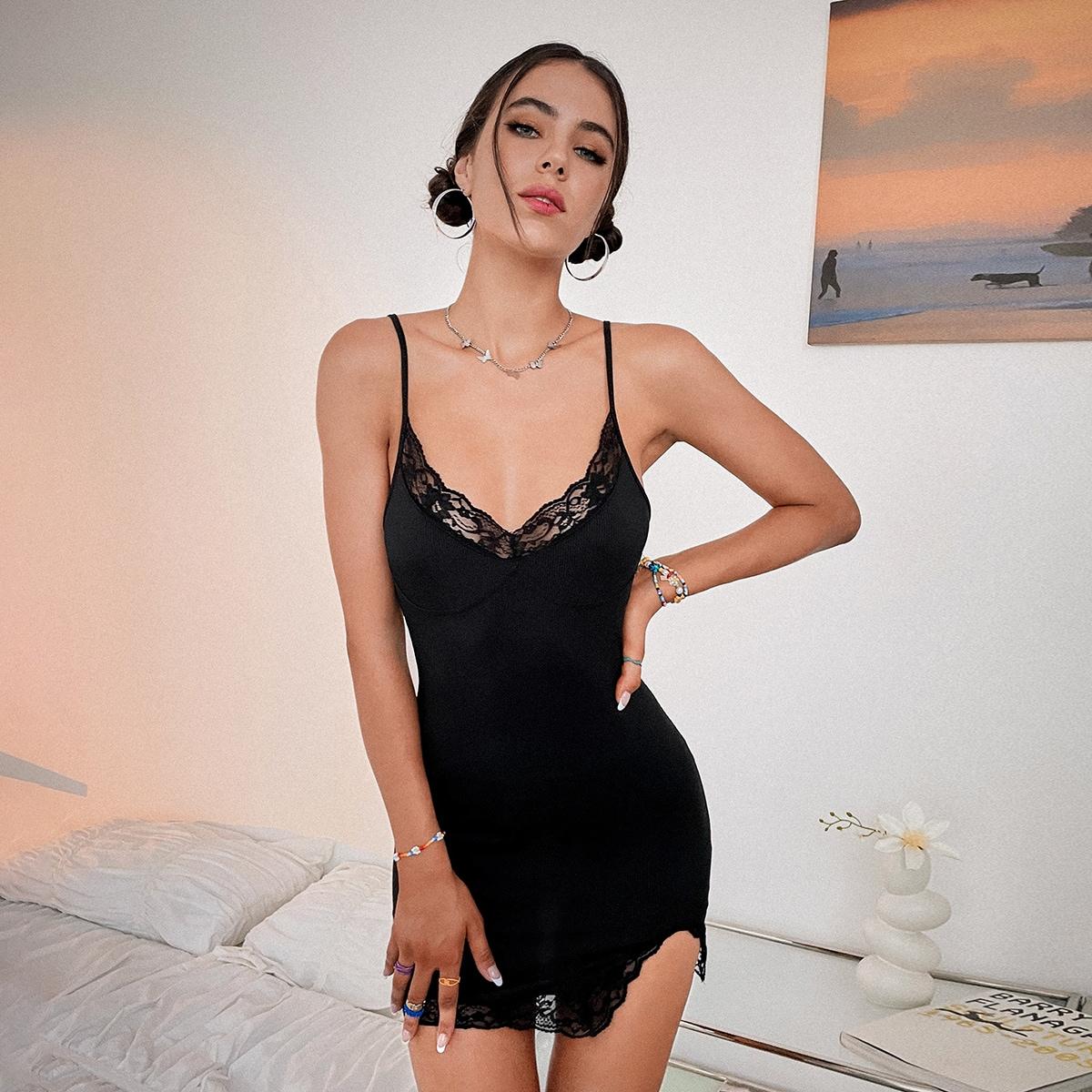 Lace Trim Slit Hem Rib-knit Bodycon Dress