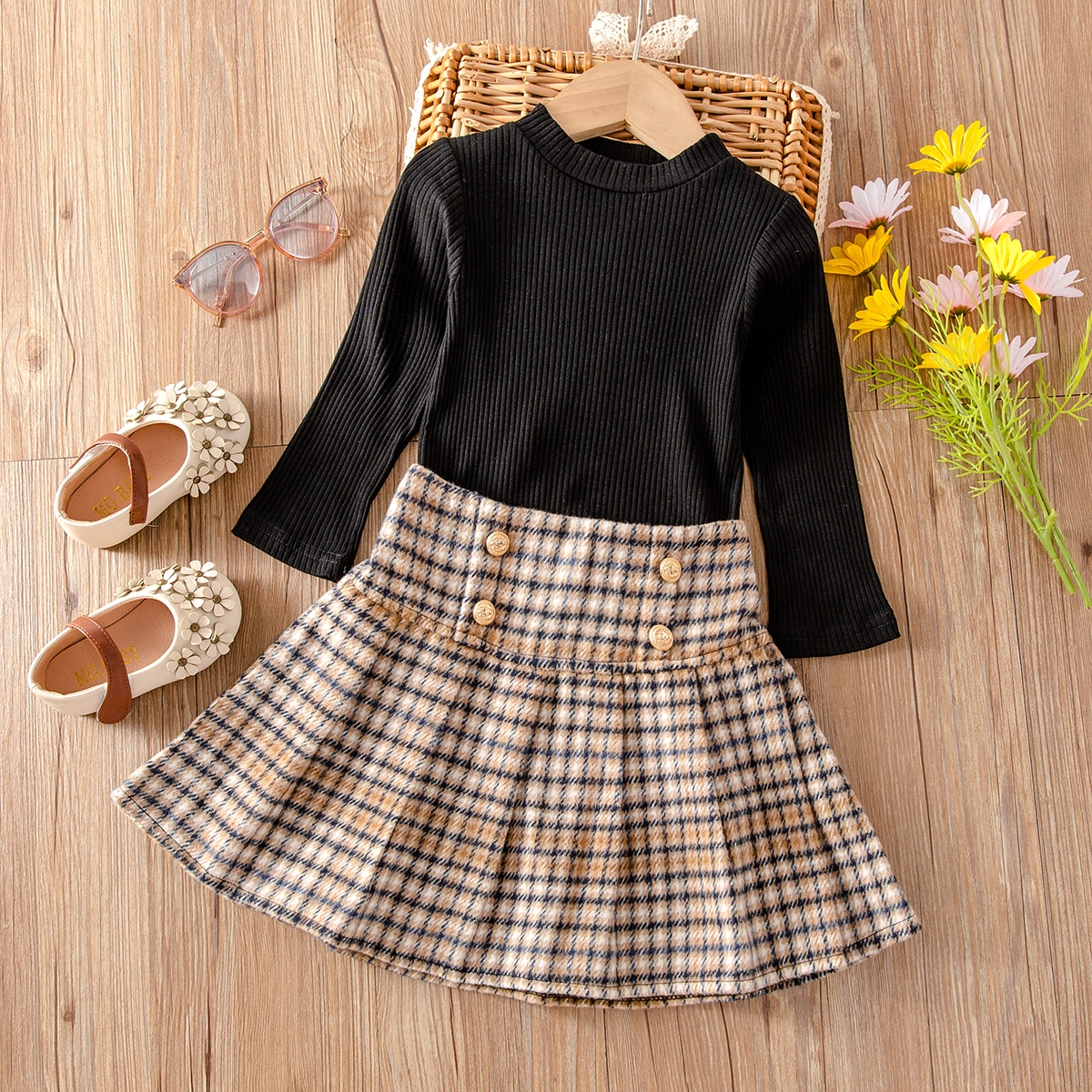 Toddler Girls Ribbed Knit Tee & Plaid Skirt, SHEIN  - buy with discount
