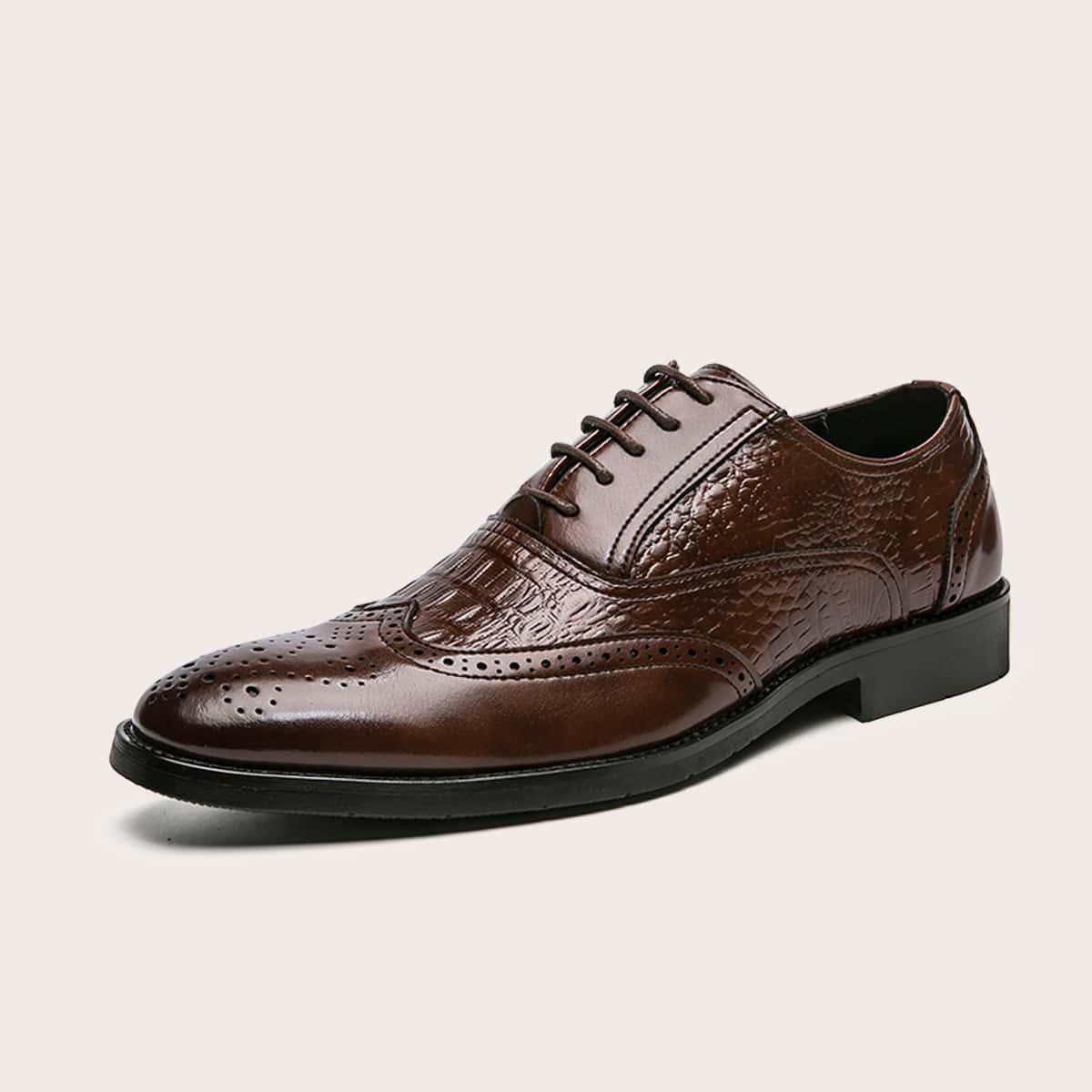 Мужские минималистичные броги на шнурке