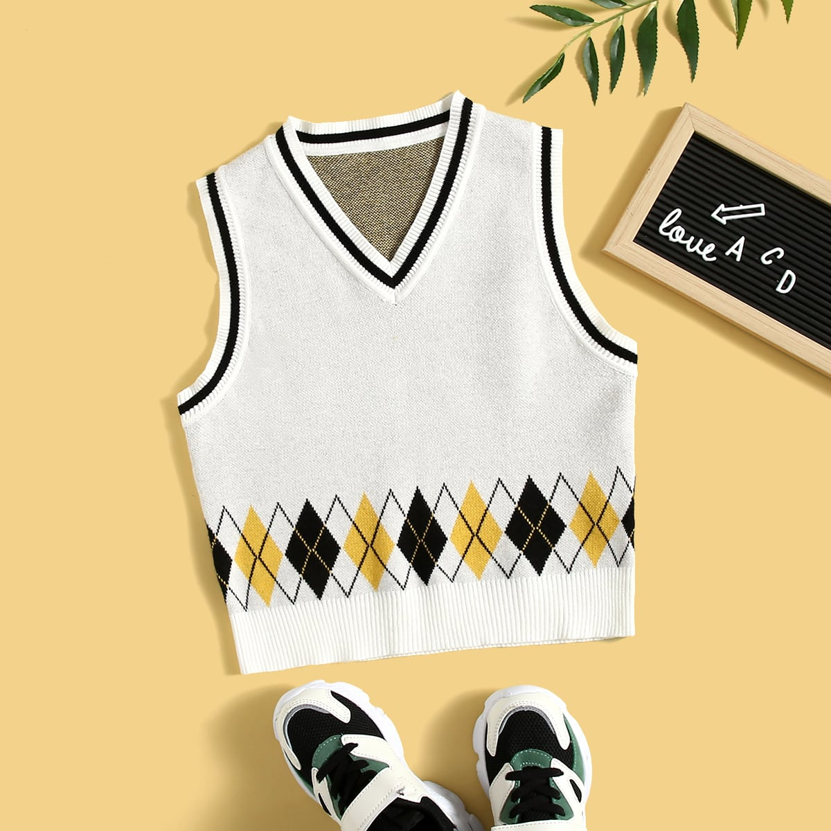 Boys Striped & Argyle Pattern Sweater Vest, SHEIN  - buy with discount