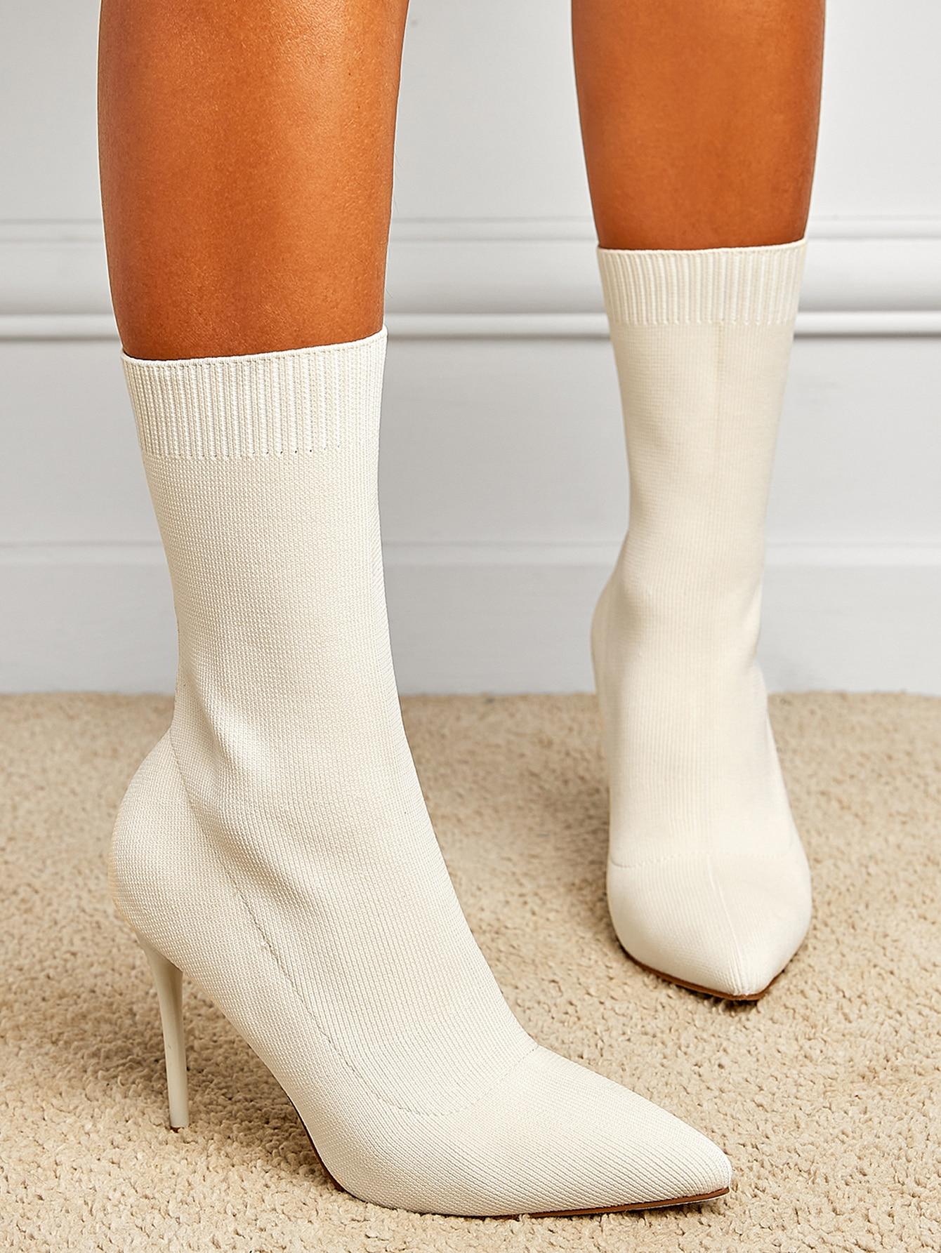 Minimalist Knit Stiletto Heeled Boots