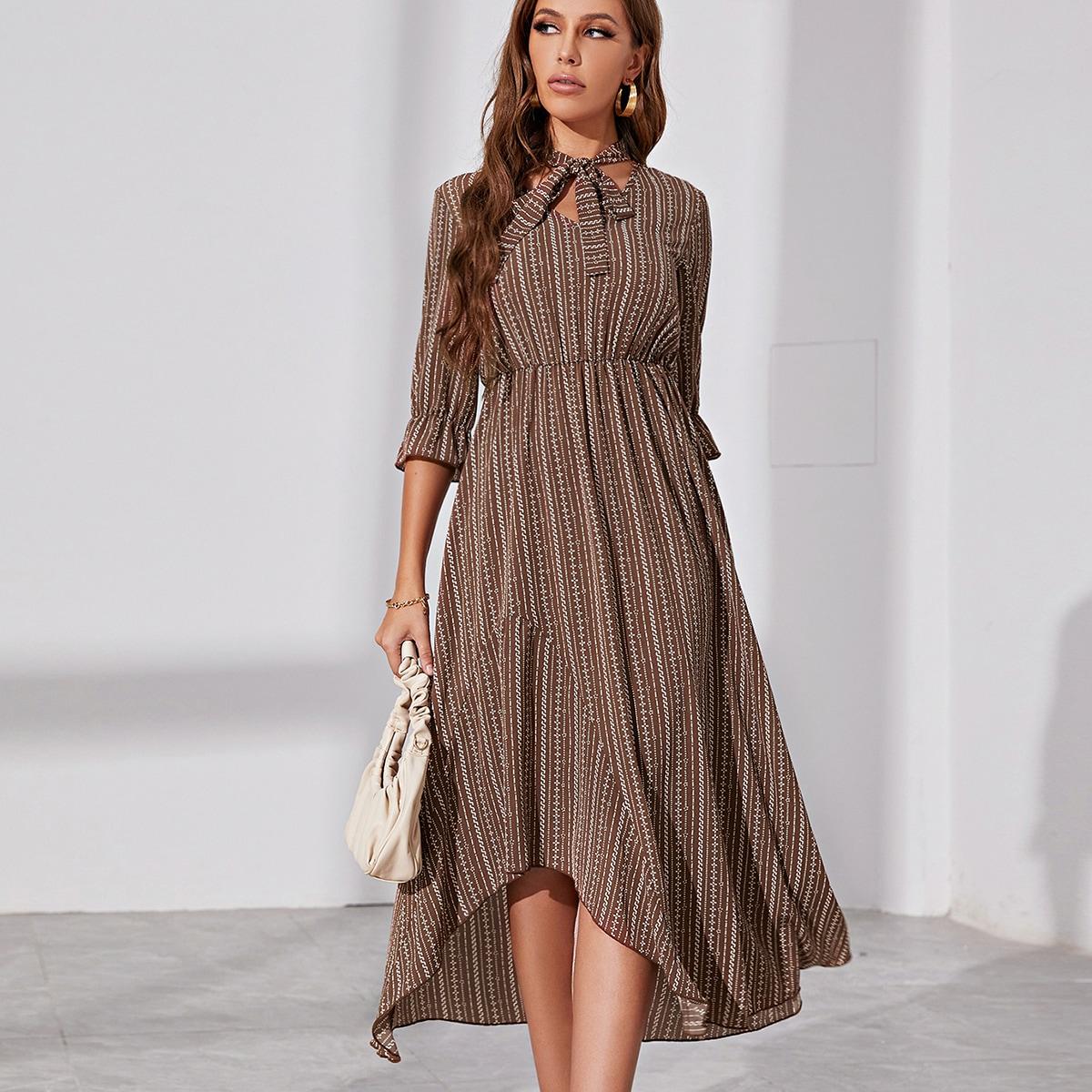 Платье с воротником-бантом SheIn swdress25210603276