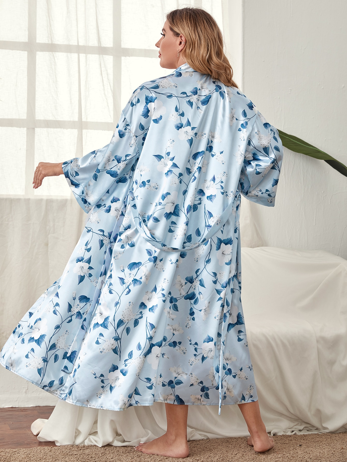Plus Allover Floral Belted Satin Robe