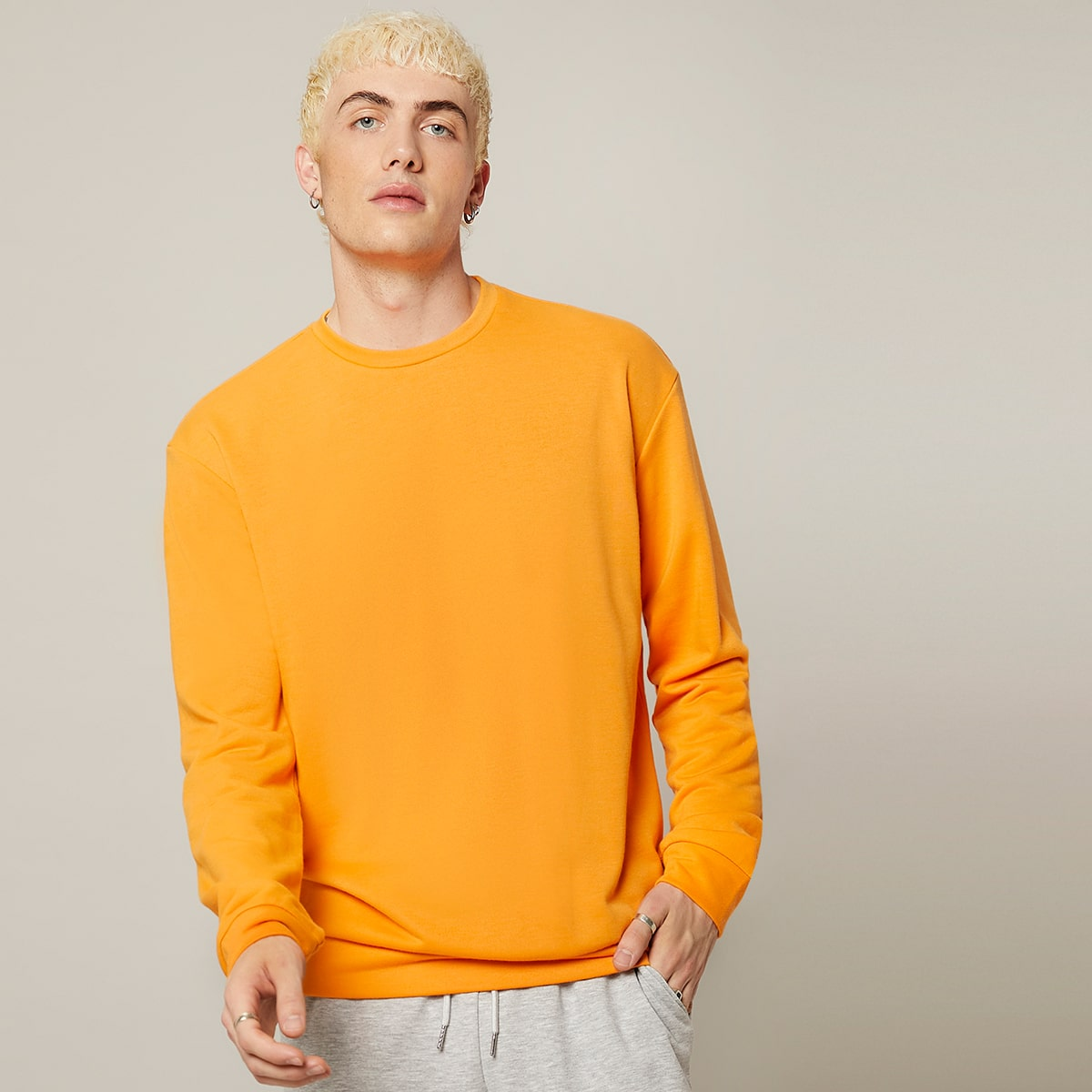 Men Neon Orange Solid Pullover, SHEIN  - buy with discount