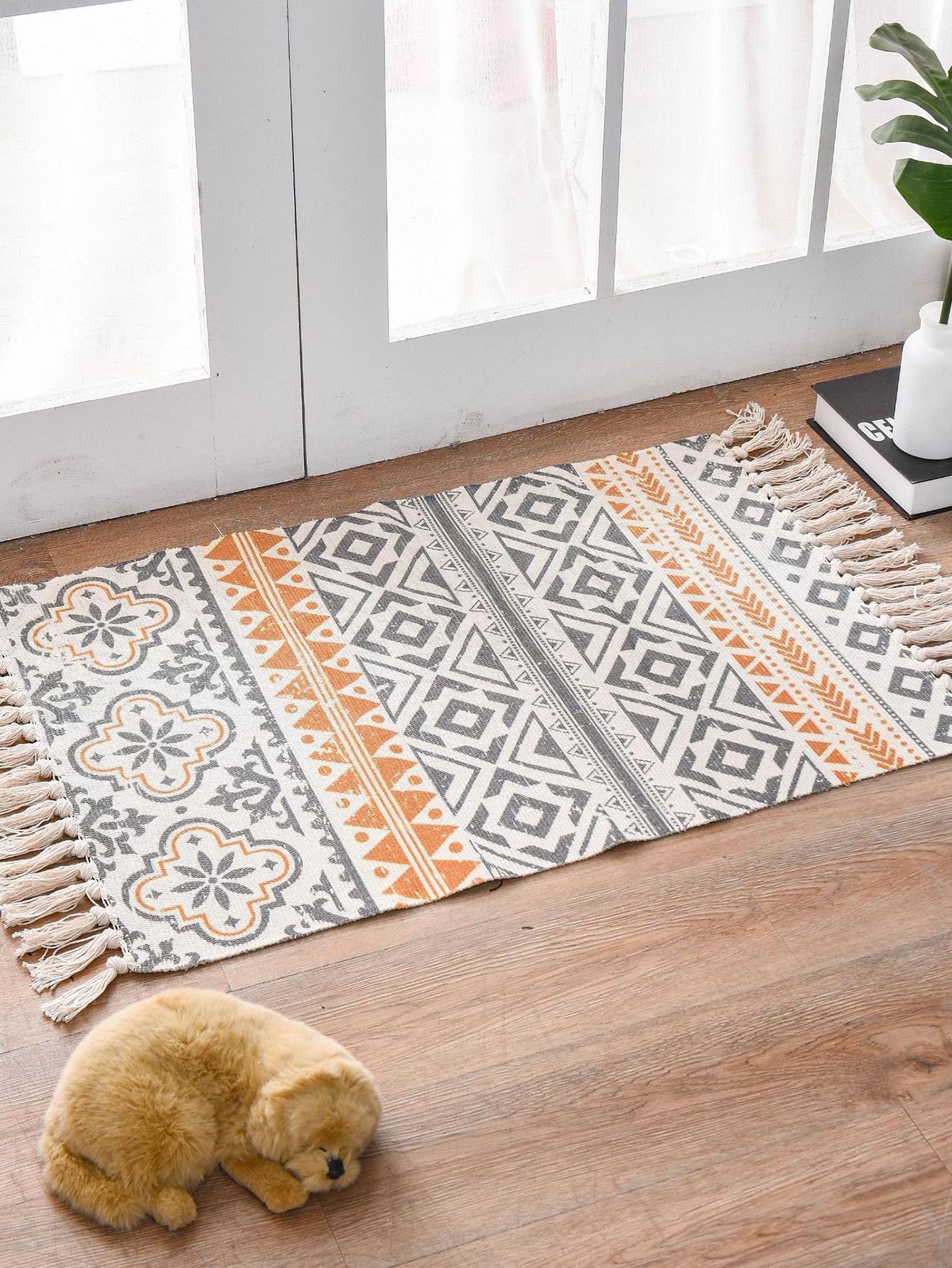 Geometric Pattern Tassel Floor Mat