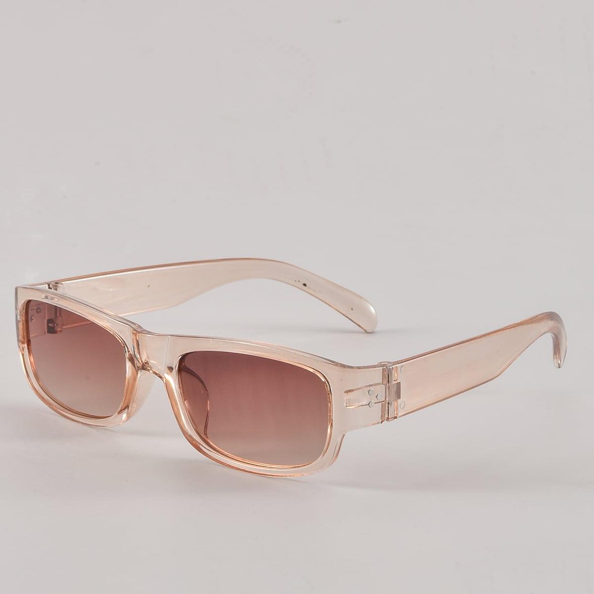 Мужские солнцезащитные очки в квадратной оправе