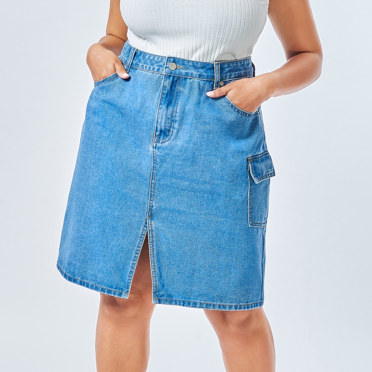 размера плюс Джинсовая юбка с карманом
