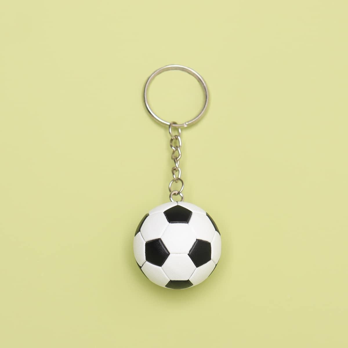 Брелок с футболом