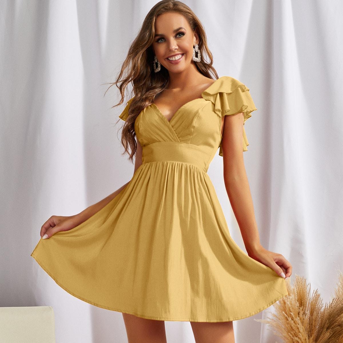 Платье с вырезом на спине SheIn sw2107178955943832