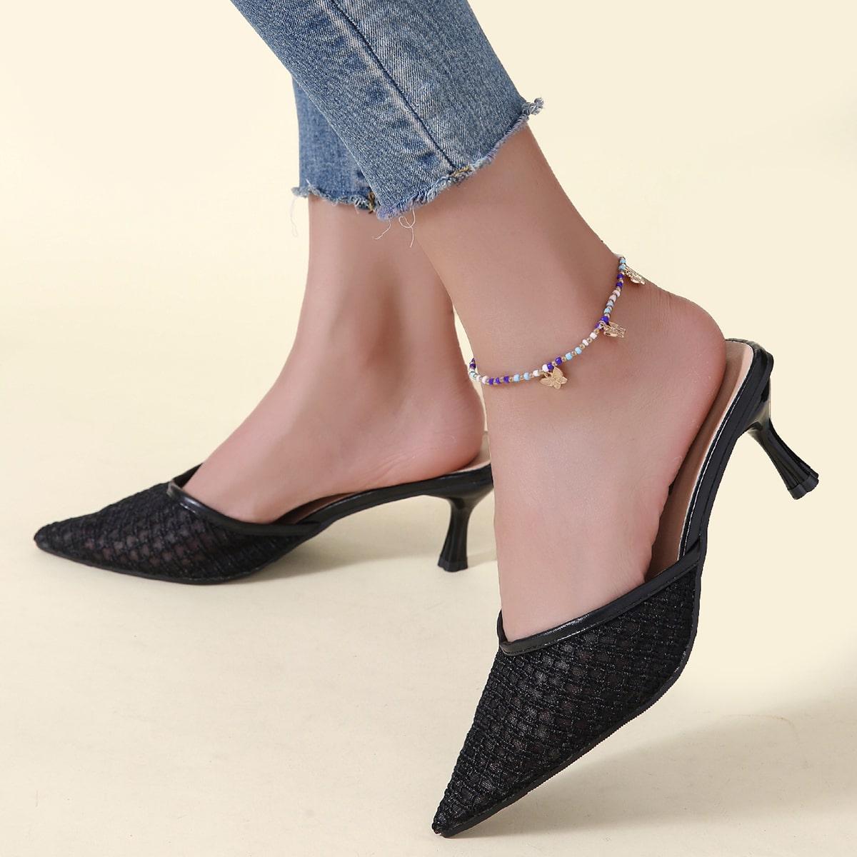 Остроконечные босоножки на каблуке