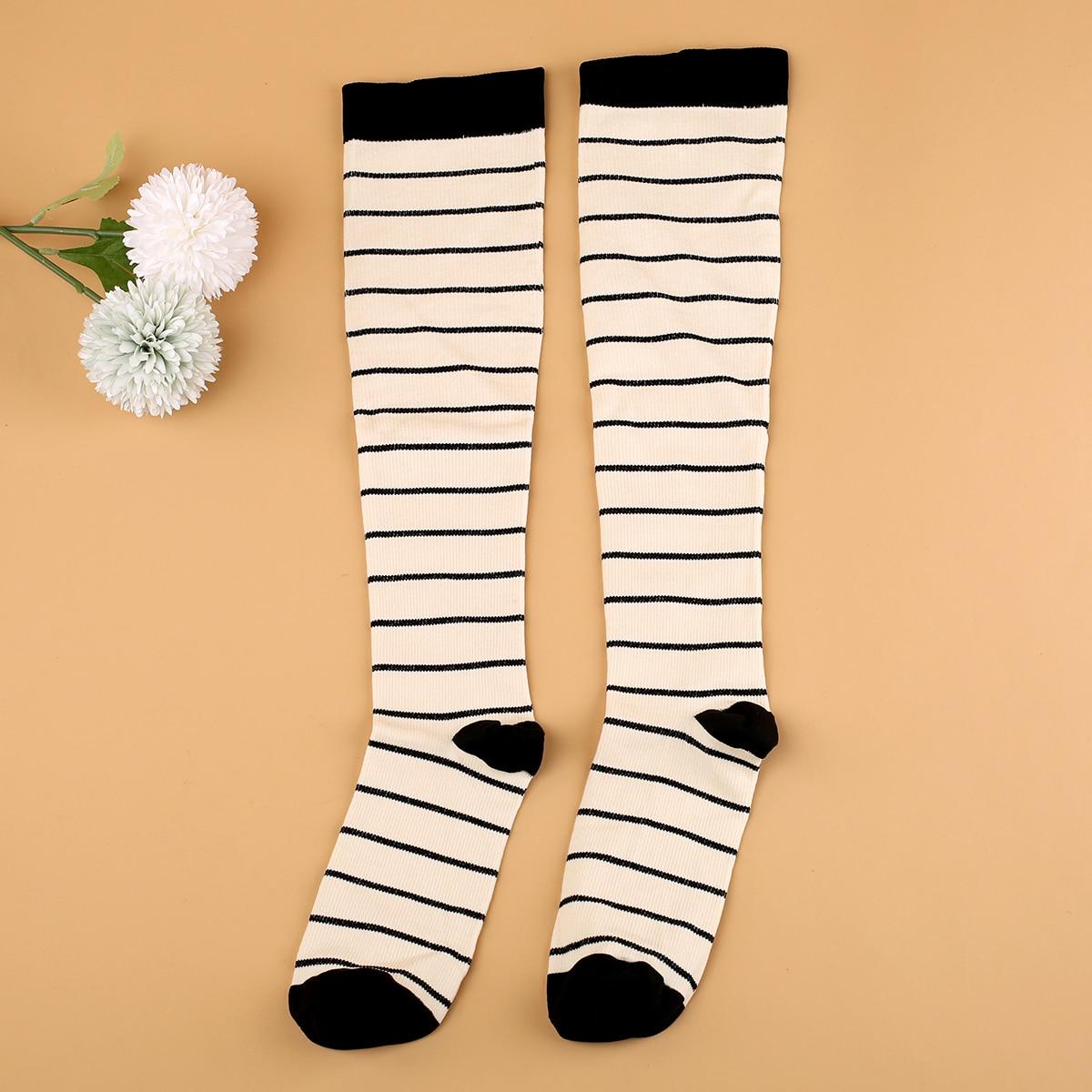 Носки выше голени в полоску