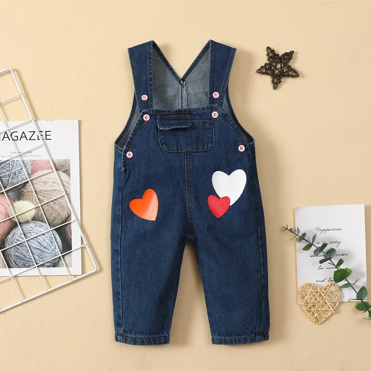 детский Джинсовый комбинезон с принтом сердечка с карманом от SHEIN