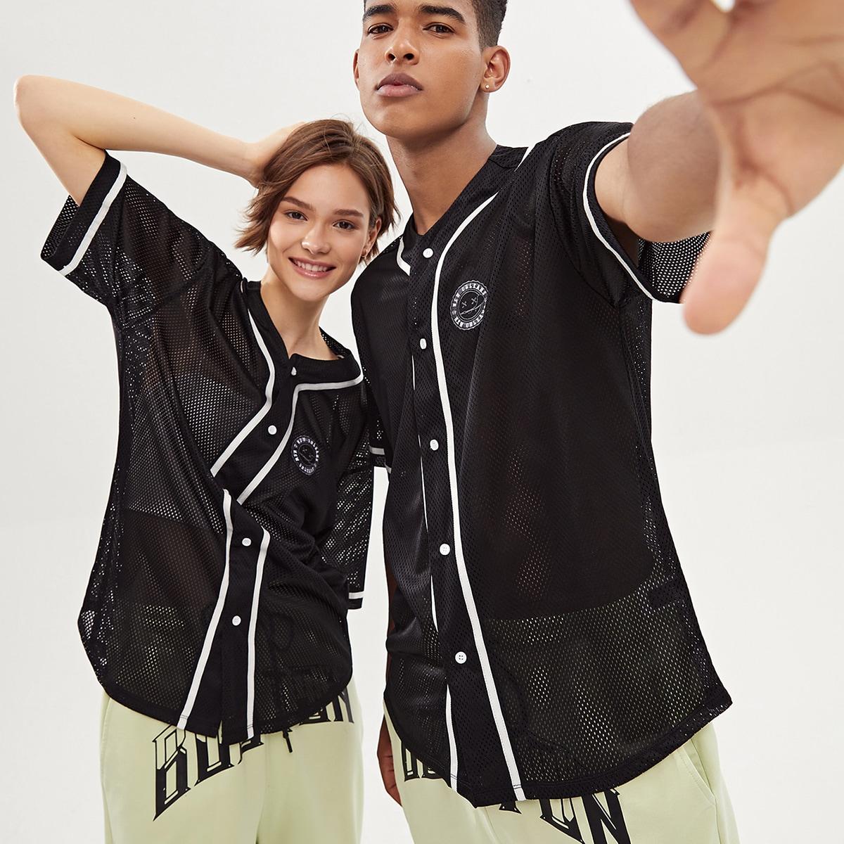 Рубашка и с текстовой вышивкой с контрастной отделкой ушко