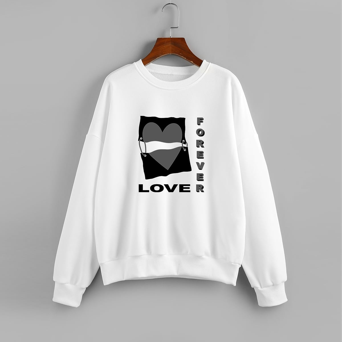 Plus Letter & Heart Print Round Neck Sweatshirt
