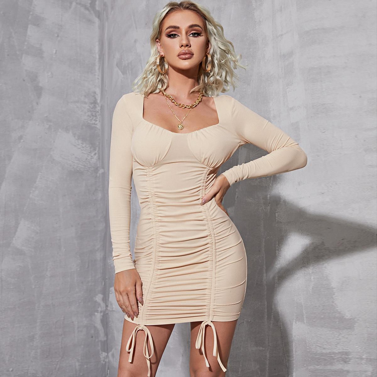 Облегающее платье с глубоким декольте на кулиске SheIn sw2106290712089657