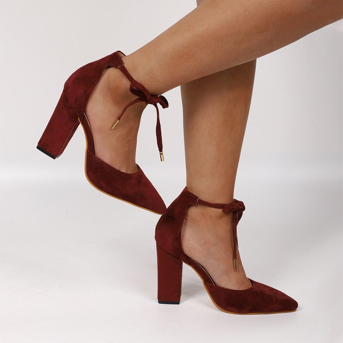Замшевые острконечные туфли-лодочки на массивном каблуке от SHEIN