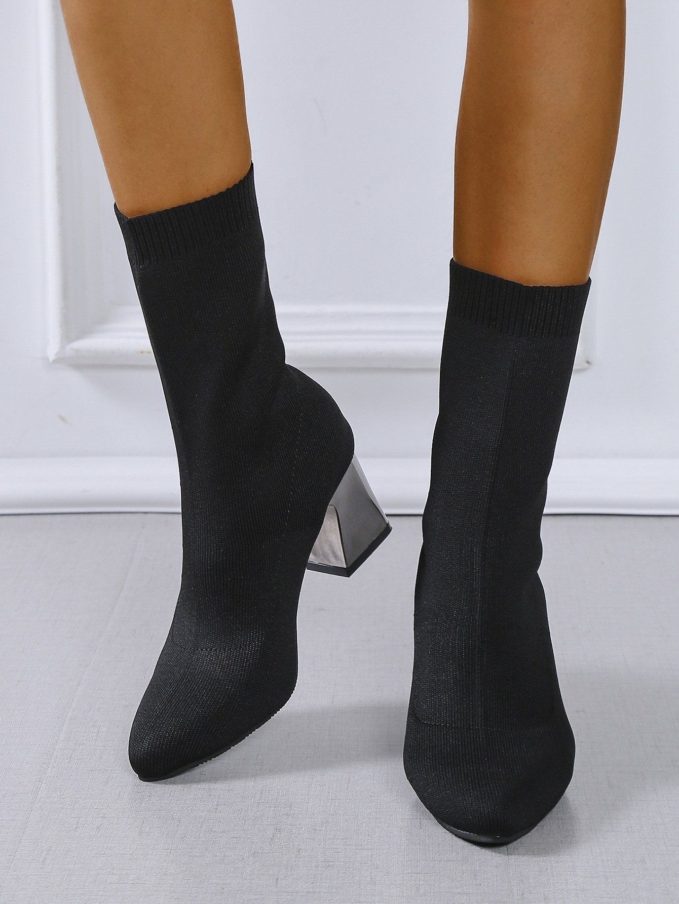 Point Toe Chunky Classic Boots