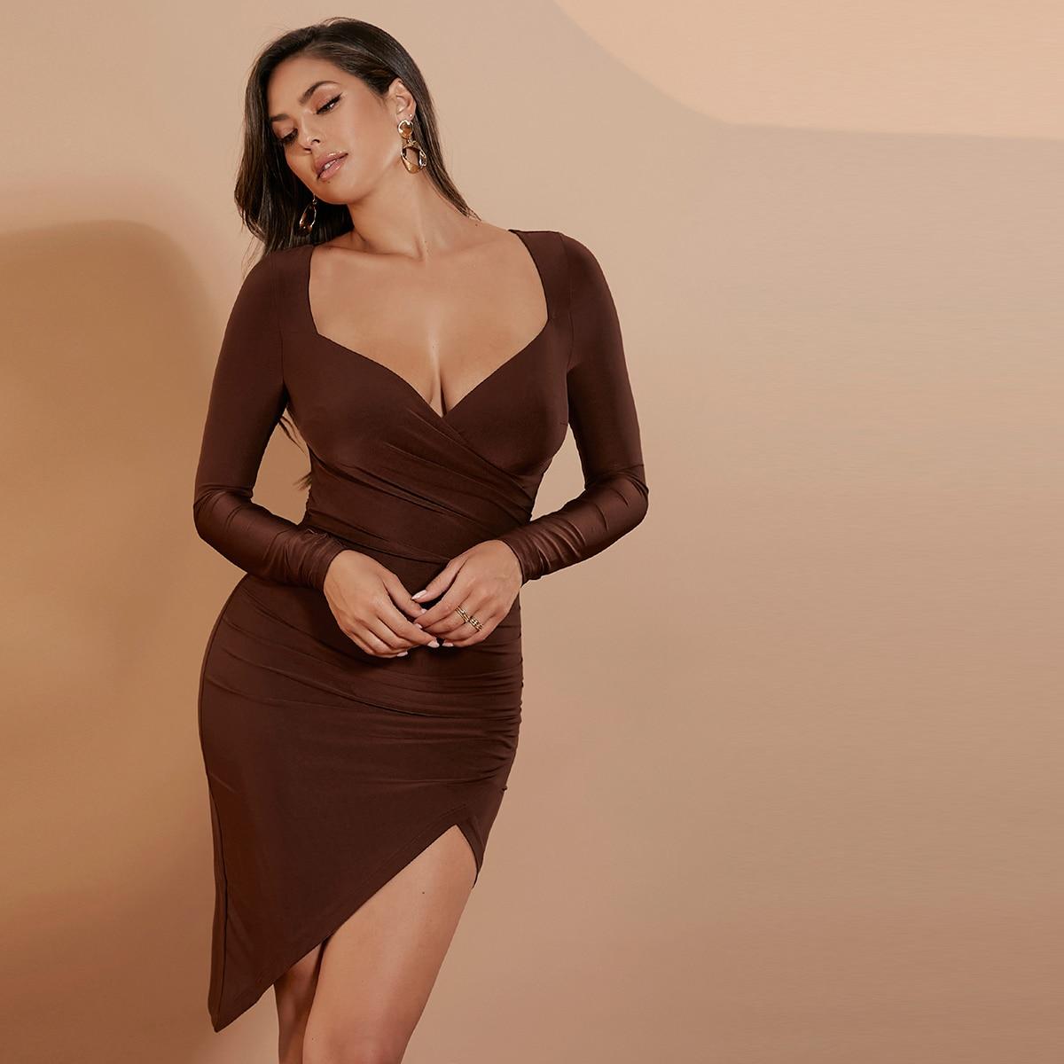 Платье с глубоким декольте асимметричный SheIn sw2106191522213444