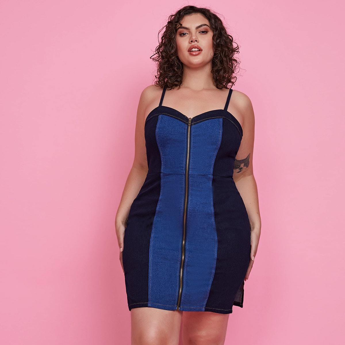 размера плюс Платье на бретелях контрастный с разрезом джинсовый