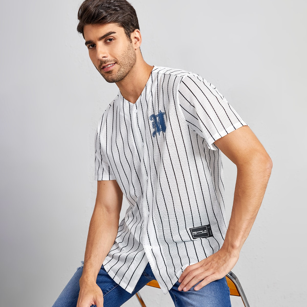 с вышивкой Аппликация Пуговица буква Полосатый Институтский Мужские рубашки
