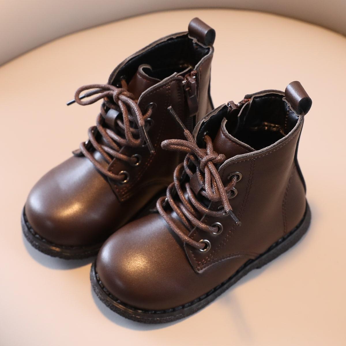 Однотонные модные ботинки для мальчиков SheIn sk2107309930855565