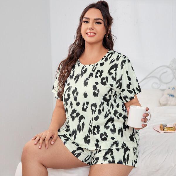 Plus Allover Print Pajama Set, Multicolor