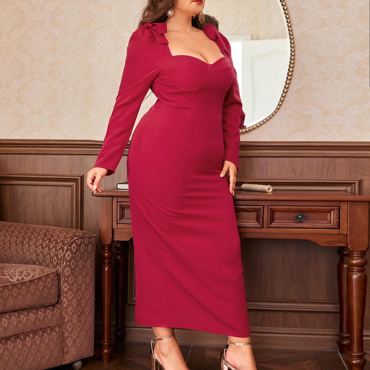 Платье с разрезом и бантом размера плюс