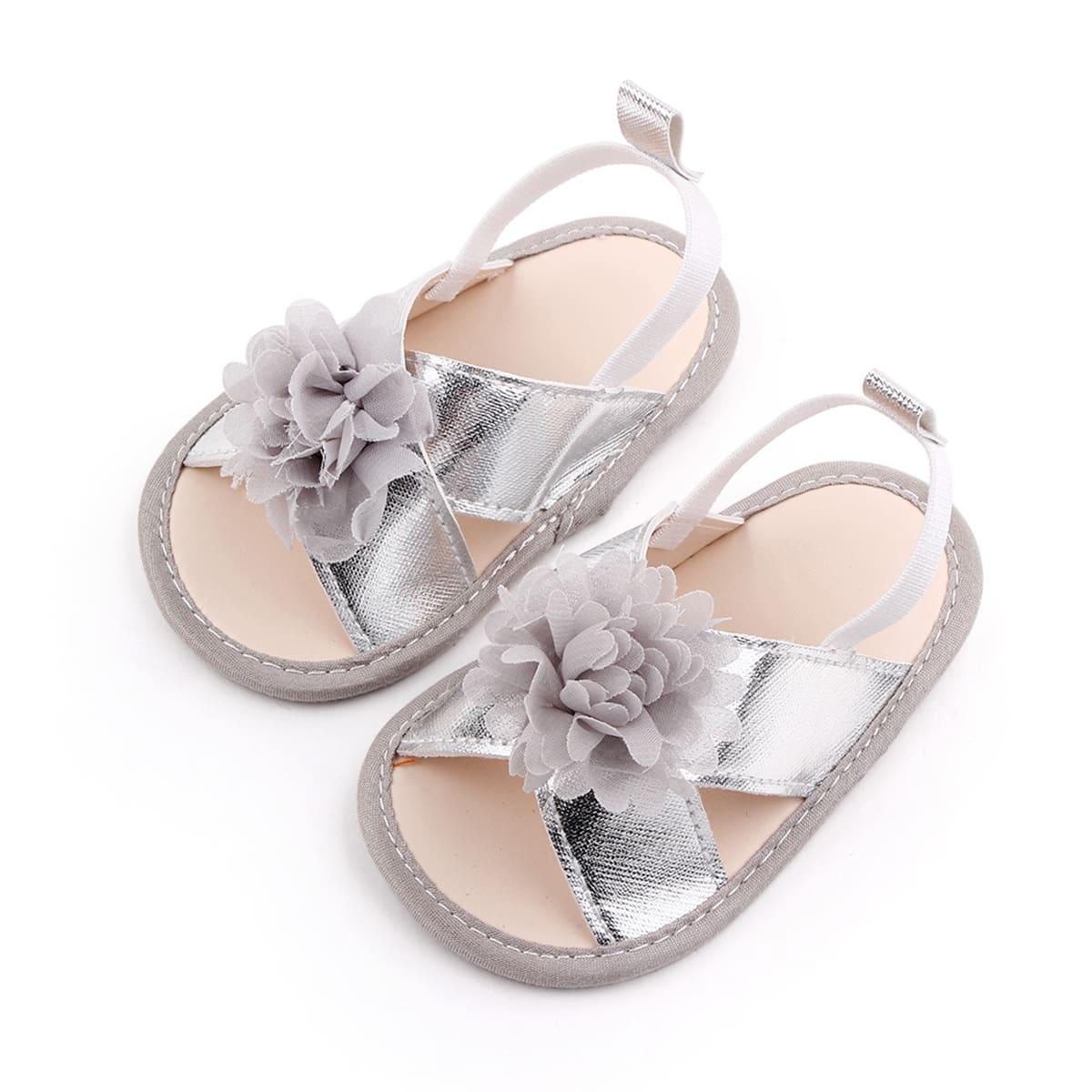 Детские сандалии с аппликацией SheIn sk2108040685824176