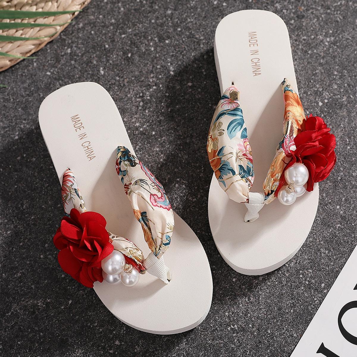 Вьетнамки с украшением искусственных жемчугов и цветов SheIn shoes181008818