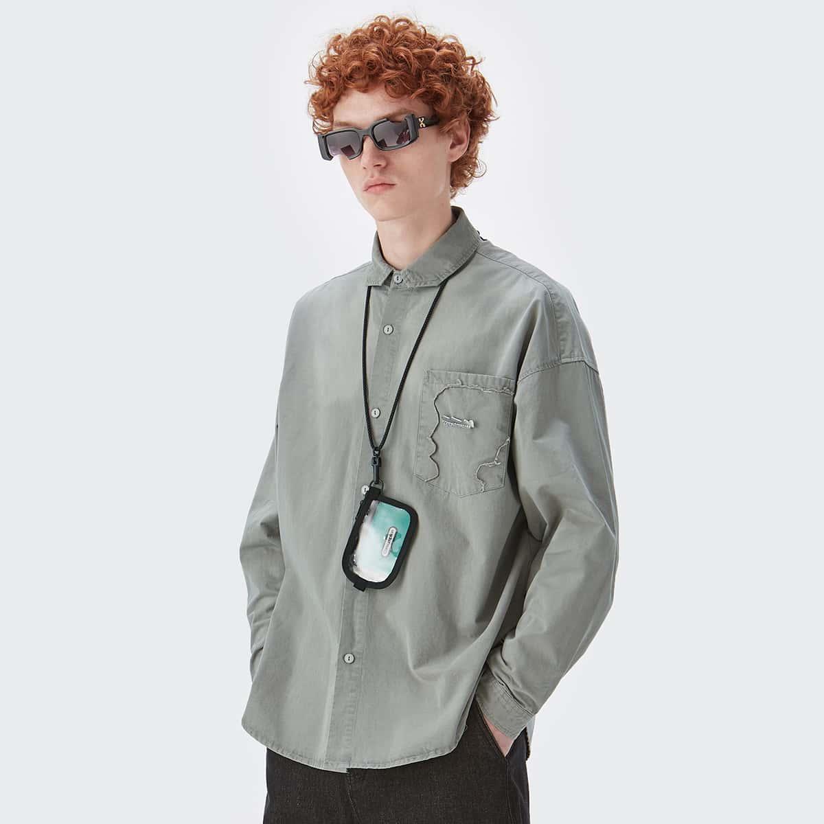 Мужской Рубашка с металлическим декором на пуговицах