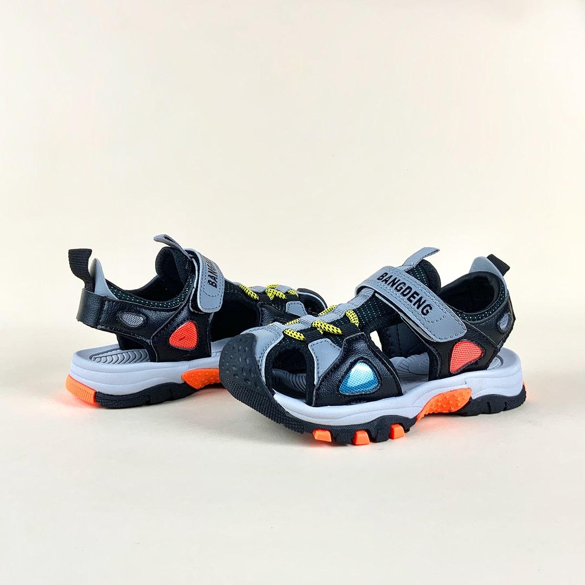 для мальчиков Спортивные сандалии с разрезом с текстовым принтом SheIn sk2108097686882137