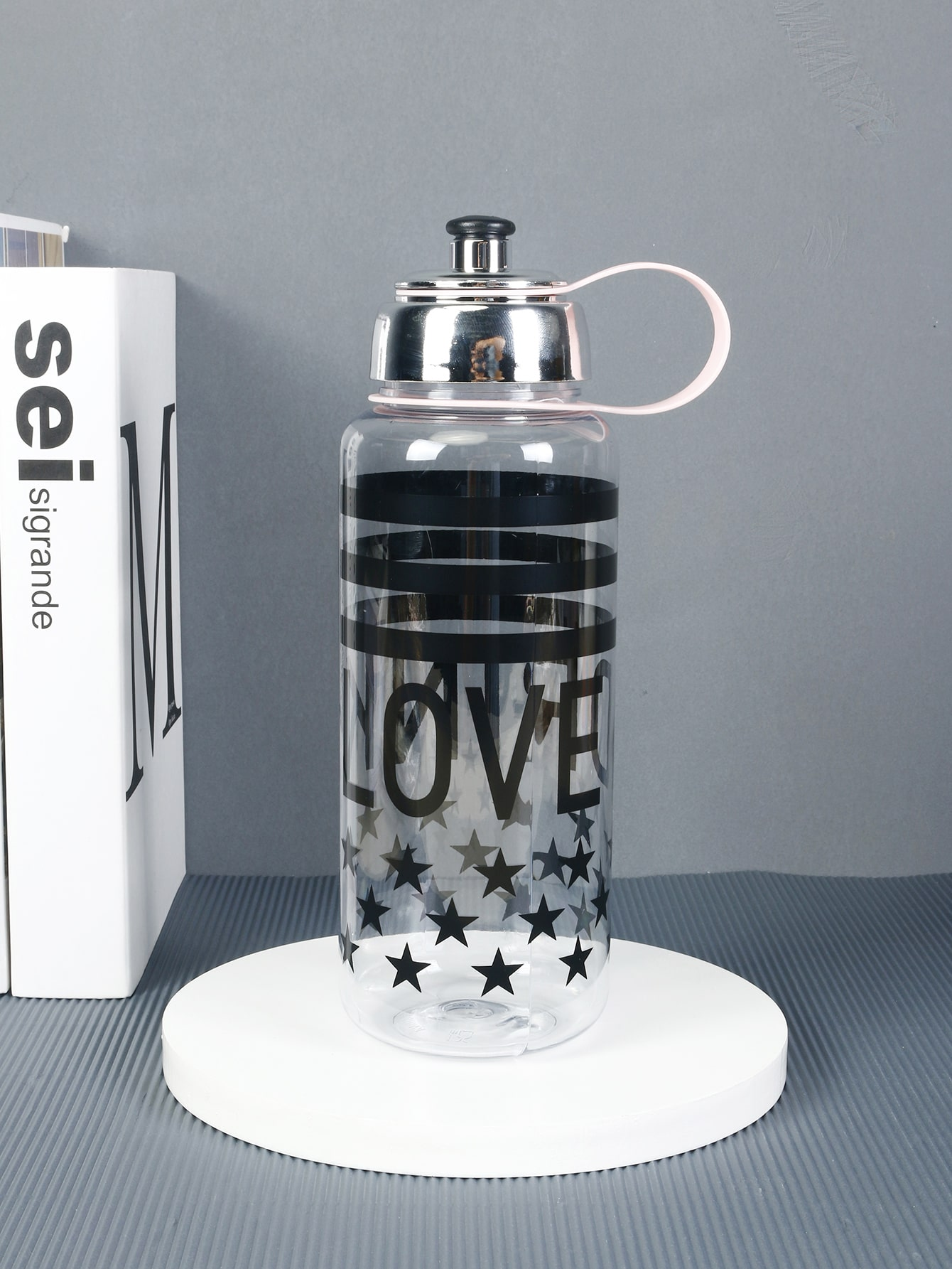 Letter Graphic Portable Water Bottle