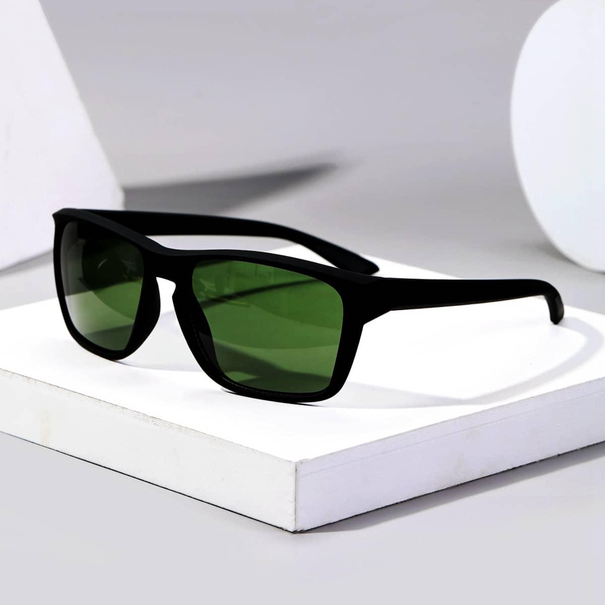 Мужские спортивные солнцезащитные очки от SHEIN