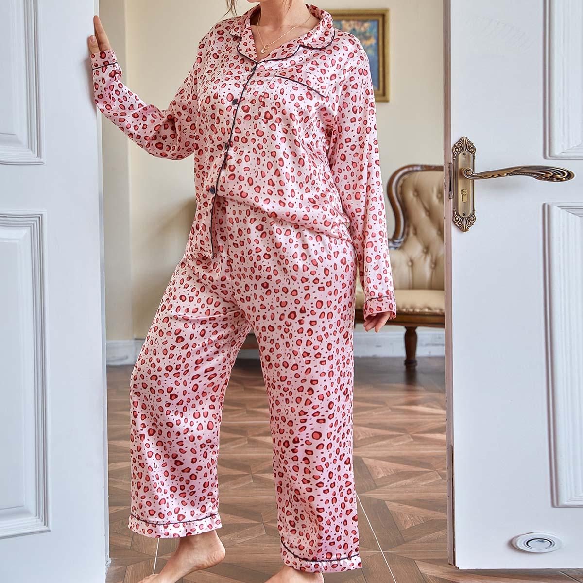 размера плюс Пижама с принтом на пуговицах