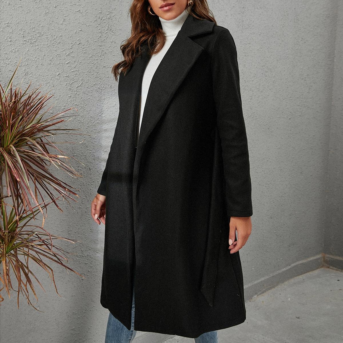 Пальто с каскадным воротником с поясом