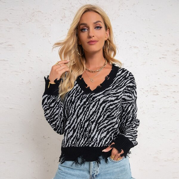 All Over Print Ripped Detail Sweater, Black and white