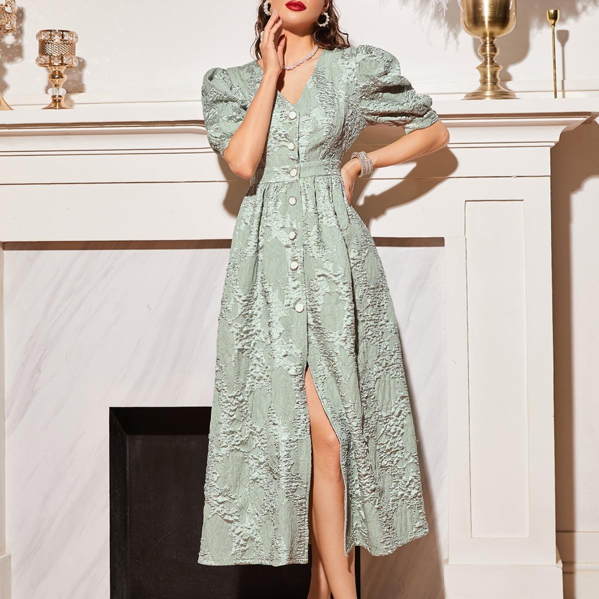 Жаккардовое однобортное платье с пышным рукавом