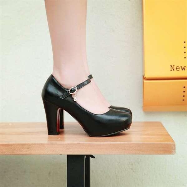 Minimalist Chunky Heeled Ankle Strap Court Pumps, Black