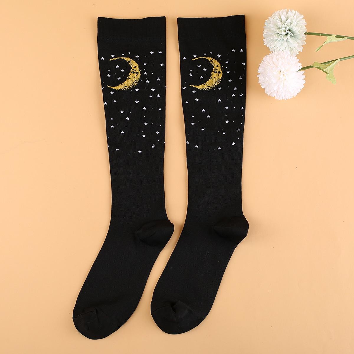 Носки выше голени с принтом луны