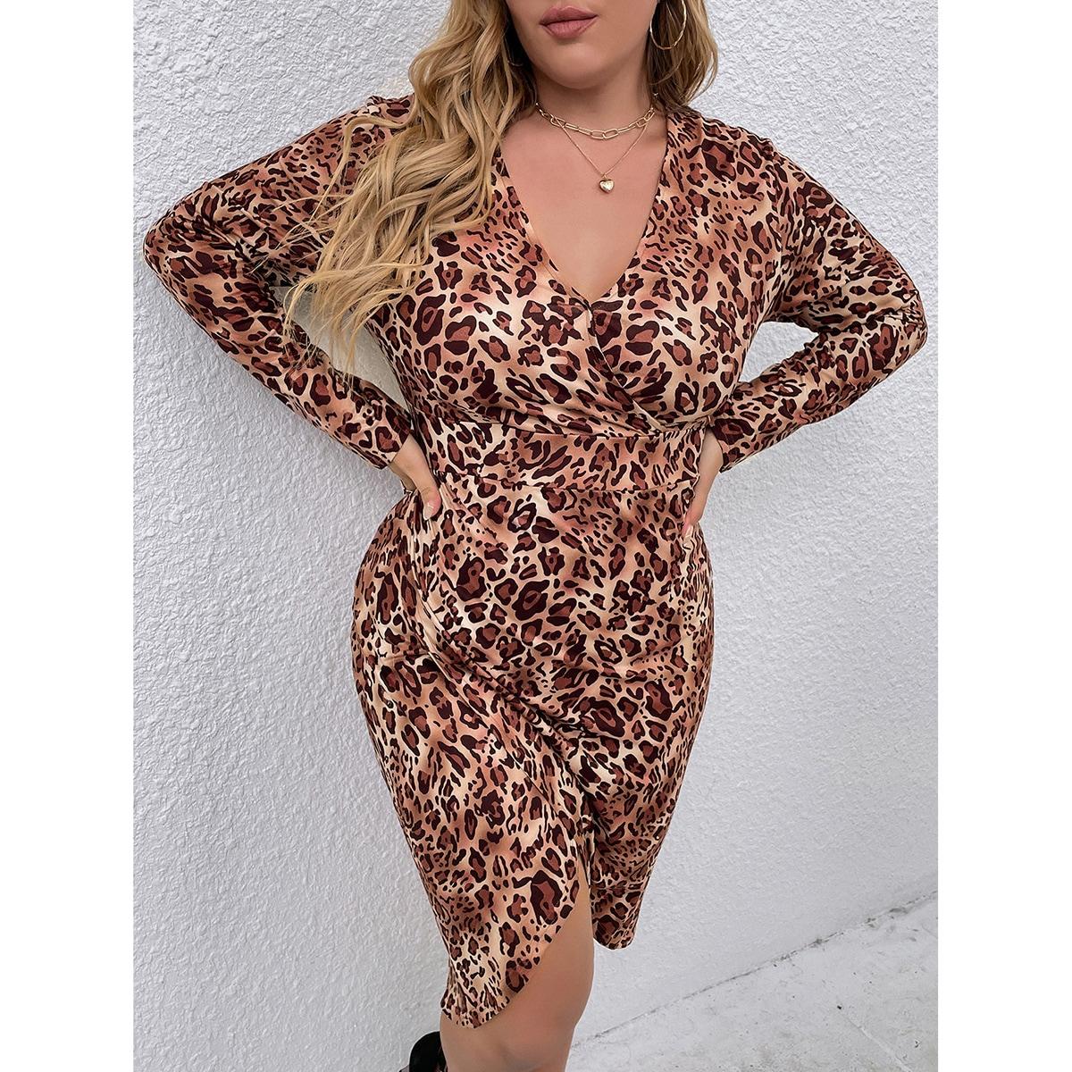 размера плюс Платье с запахом с леопардовым принтом