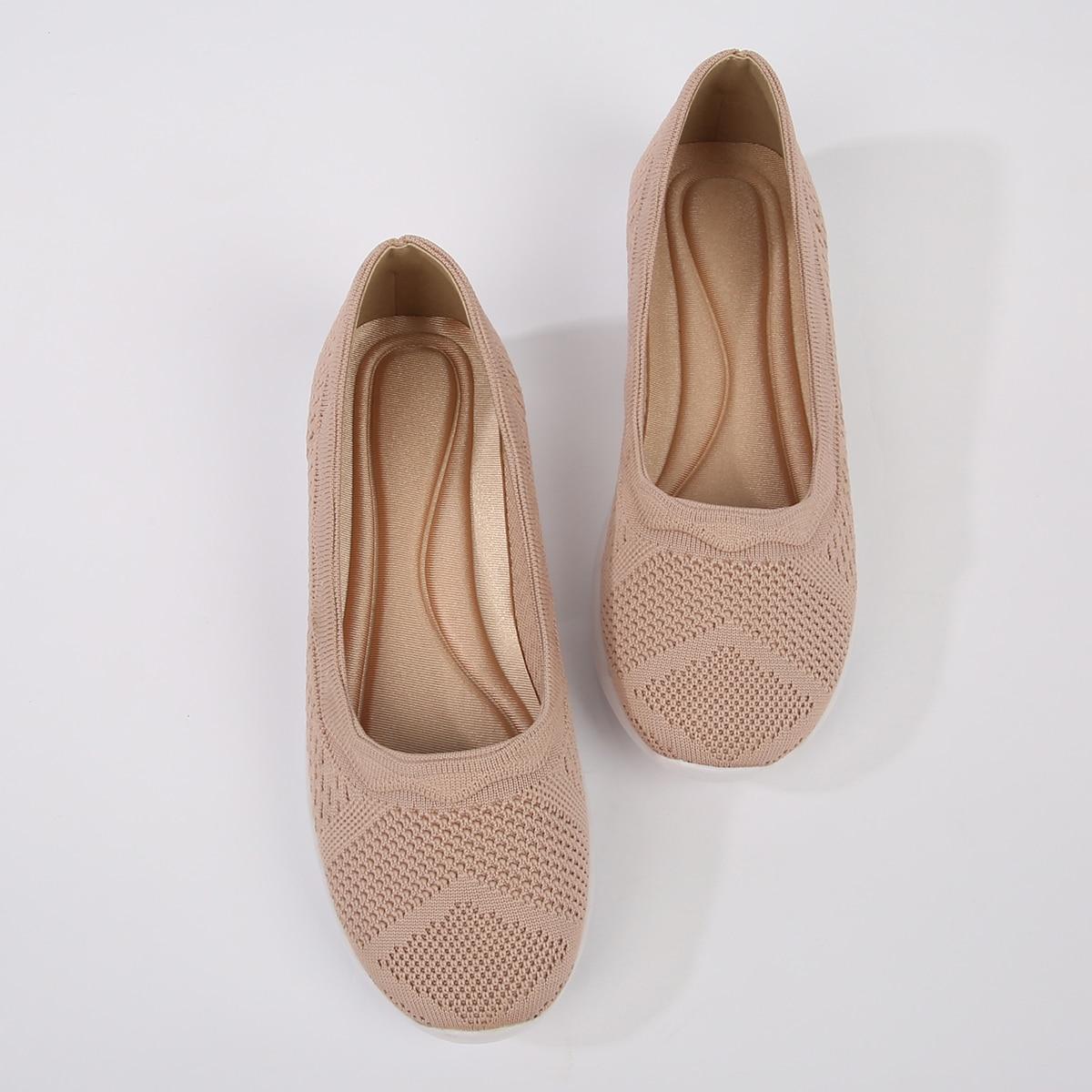 Повседневная обувь с фестончатой отделкой