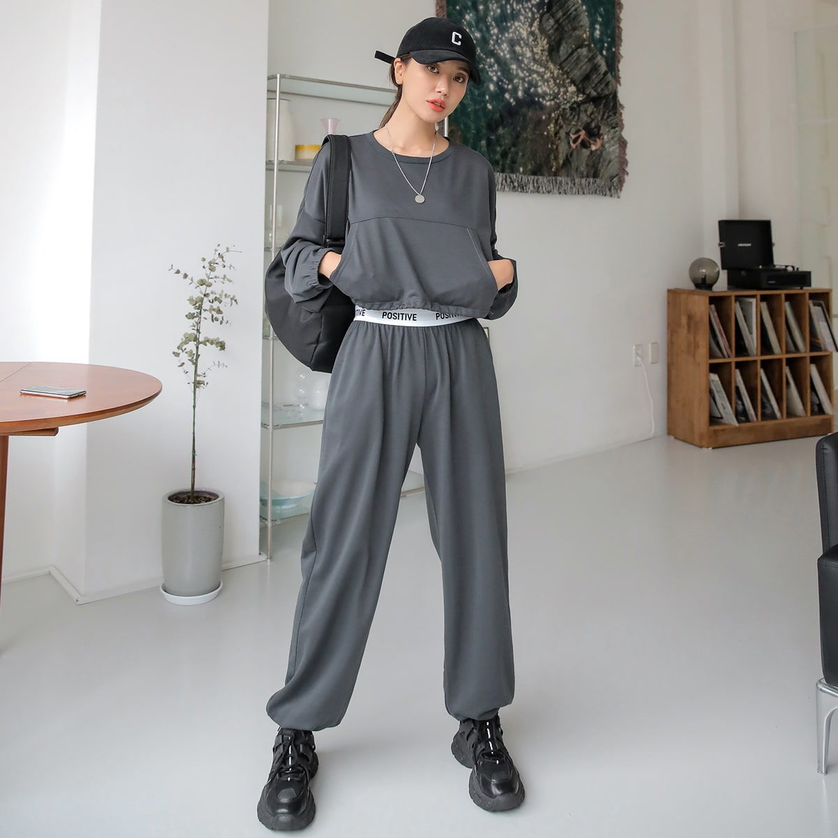Kangaroo Pocket Drop Shoulder Crop Pullover & Contrast Tape Sweatpants