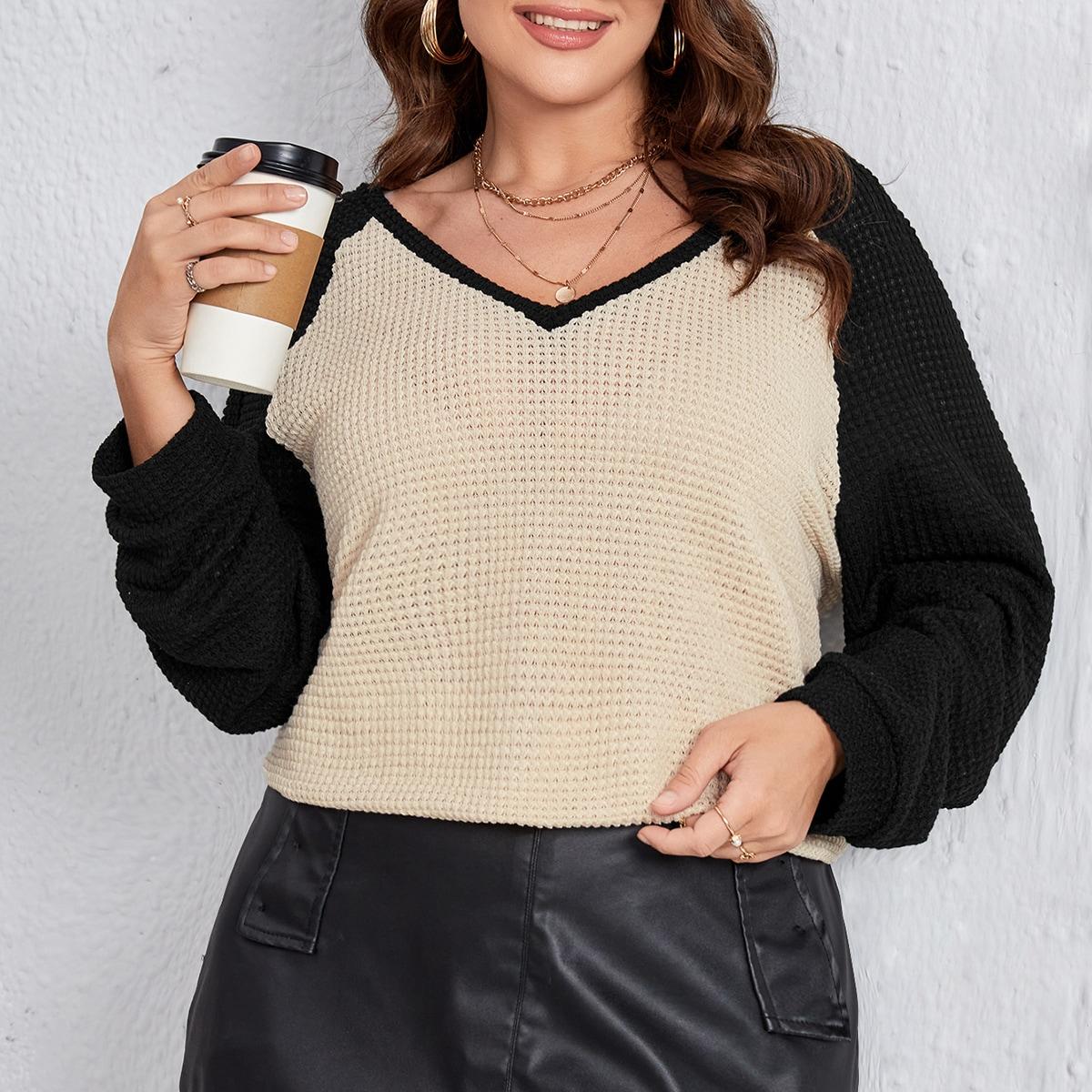 размера плюс Пуловер контрастный с рукавом-реглан