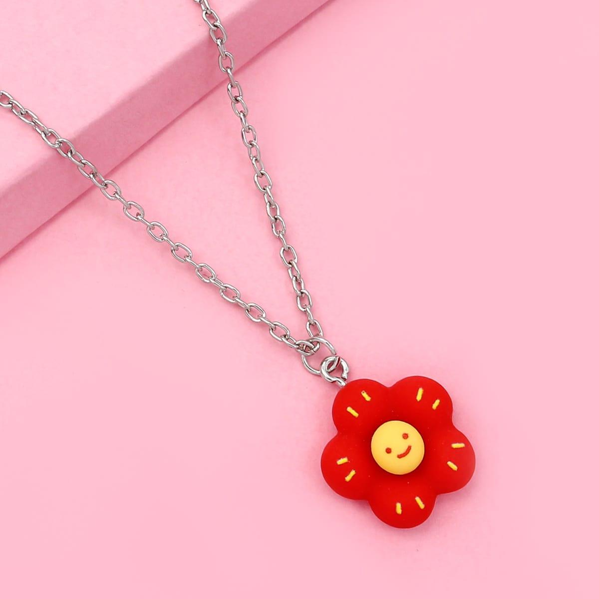 Детское ожерелье с цветком